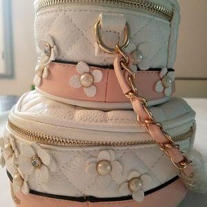 67b890a2ebf Aldo Bags - Aldo Wedding Cake Cross Body Bag